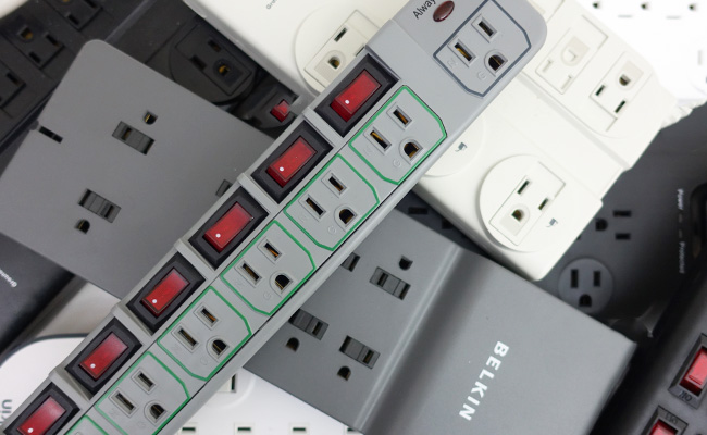 Testing and reviewing different aquarium power strips to find the best one for aquariums