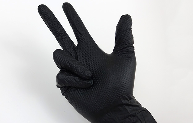 Testing flexibility of disposable aquarium gloves