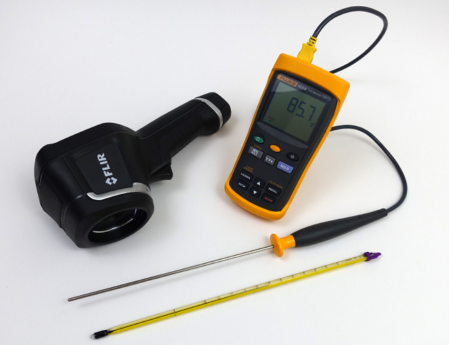 Thermal imaging camera, thermometer and probe test equipment for aquarium heater accuracy