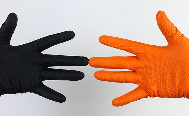 Winners of the best disposable aquarium gloves category by Gloveworks