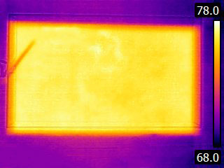Thermal image of aquarium with proper circulation