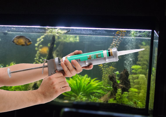 Using Silicone Caulking gun on aquarium